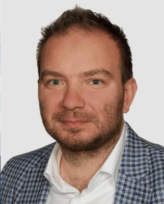 Krzysztof Synoradzki prelegent konferencji dyrektor operacyjny konferencja dla kucow forum zakupow
